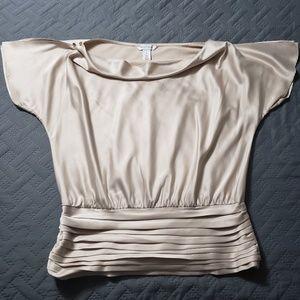 WOMENS White House Black Market Dressy Top.